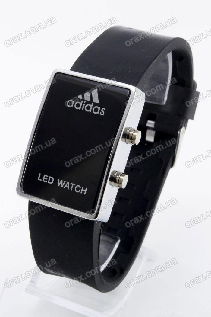 О том, как настроить часы адидас led watch можно узнать из инструкции, прилагаемой к изделию и выполненной на нескольких языках.