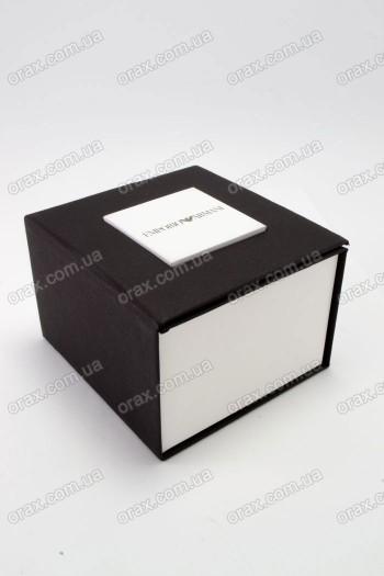 Подарочный коробок картонный (код: 16327)
